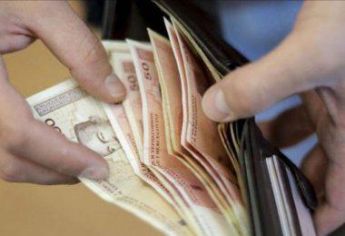 Prosječna plaća u RS 'pokriva' svega 47,9 posto potrošačke korpe