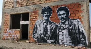 Legendarni Matan i Šunje iz Prosjaka i sinova dobili grafit u Širokom Brijegu