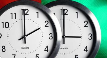 Pomicanjem kazaljki u nedjelju počinje ljetno računanje vremena