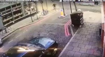 Dok je prolazio pored kafića, dogodilo se nešto što ga je skoro ubilo