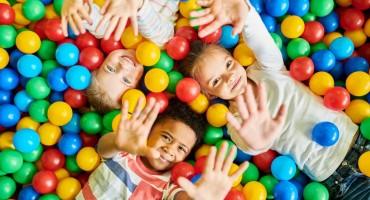 Omiljeni bazeni s lopticama za djecu su opasni jer mogu prouzročiti sepsu!