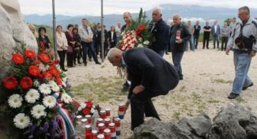 Na Krivodolu obilježena 27. godišnjica pogibije petorice ljubuških branitelja