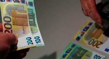 Nove novčanice od 100 i 200 eura u opticaju krajem svibnja