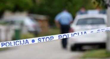 Vozilom krenuo na policiju, policajac pucao iz vatrenog oružja