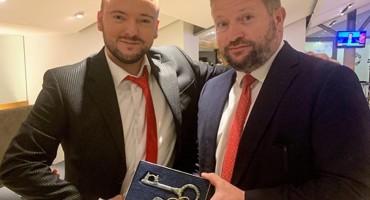 Zovko direktoru slavnog Manchester Uniteda uručio ključeve Grada Mostara