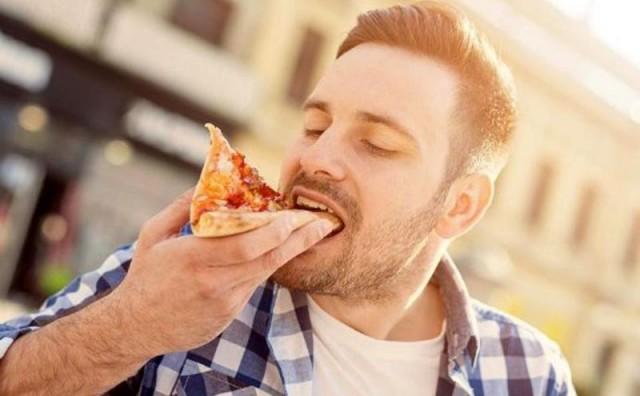 Ova nezdrava navika uzrokuje više štete nego pušenje