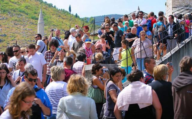 EVO ZAŠTO Dubrovnik bere milijune na turistima, Mostar samo ide u minuse