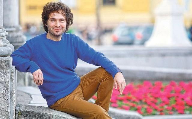 Mladi Mostarac jedan je od najintrigantnijih pjevača i glazbenika s našeg dijela Balkana i Mediterana
