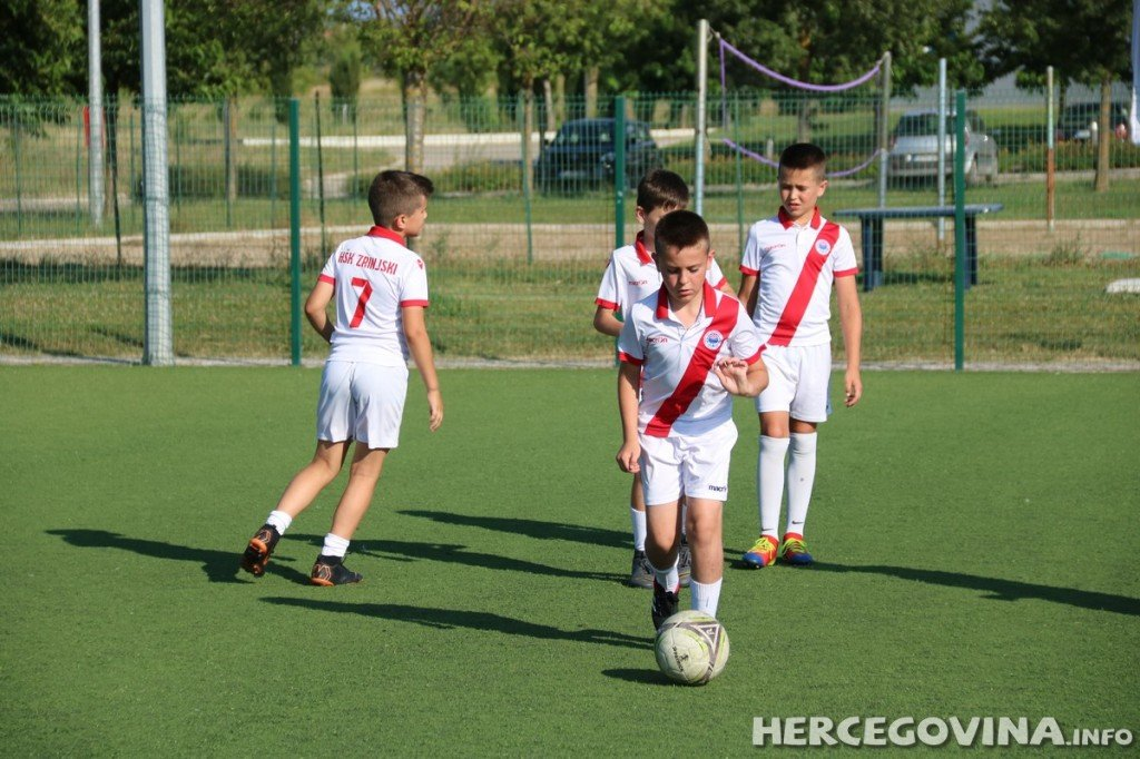 Mali Plemići uspješni na utakmicama Premijer lige u Zvirovićima