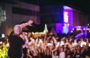 Hladno Pivo i spektakl s vatrometom obilježili drugu večer Mostar Summer Festa!