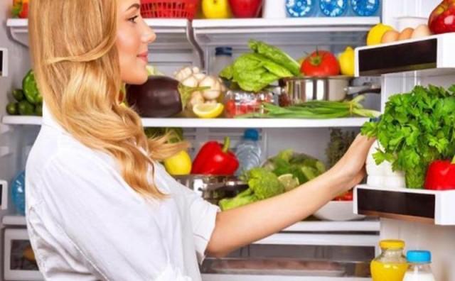 Namirnice koje ne treba držati u hladnjaku: Rajčica, maslac…