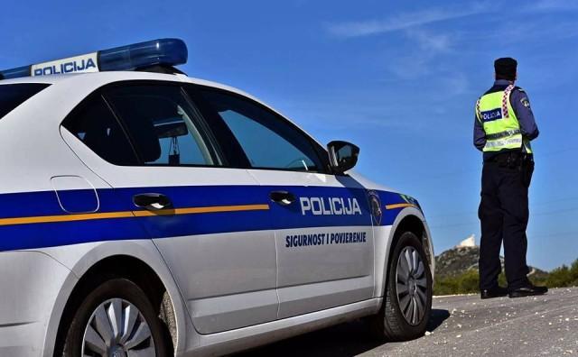 Policija traga za nepoznatim muškarcem koji je nožem ubo 53-godišnjaka