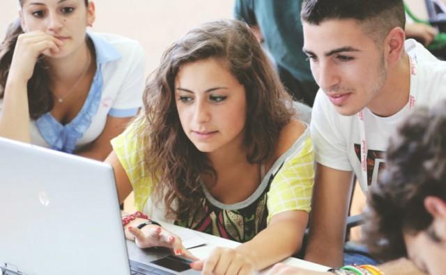 Broj učenika manji za 6.384, a studenata 7.279