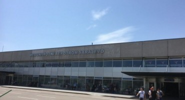 Na aerodromima u FBiH promet putnika veći 2,4 posto, tereta manji za 17,3 posto
