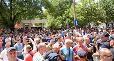 Sindikat Aluminija zaprijetio novim prosvjedima i blokadama