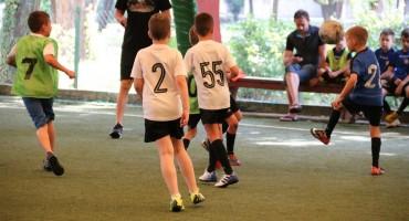 Današnjim trening utakmicama i iznenađenjem za najmlađe završena uspješna sezona FA HFC Zrinjski