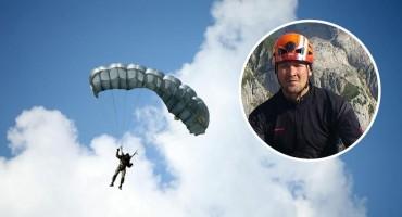 Preživio pad iz aviona sa 1200 metara, sada vodi pravnu bitku