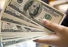 Dolar ojačao, euro pod pritiskom