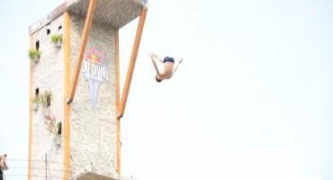 Izvođenjem skokova počeo Red Bull Cliff Diving u Mostaru