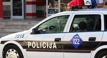 Policija kod Osnovne škole u Ilićima uočila dilera, nakon potjere uhvaćen na Žovnici