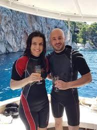 Par u moru kod Pelješca našao staru škrinju, cura nije vjerovala što je u njoj