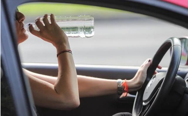 Jučer je u parkiranom autu u Zagrebu izmjeren 81°C