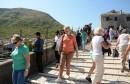 Dobra turistička sezona u Mostaru, Stari most 'preplavljen' turistima