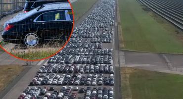 Pogledajte groblje 9.000 novih, ali neispravnih Mercedesa, vrijede milijardu eura!