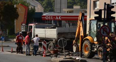 Mostar: Radovi na Bulevaru, promet se odvija usporeno