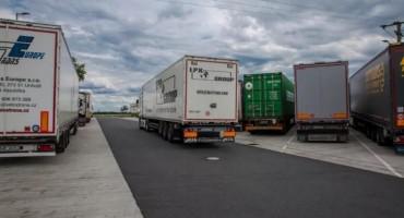 U Belgiji pronađeno 12 muškaraca u rashladnom kamionu