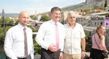 Ljubo Bešlić upoznao Miroslava Lajčaka s kandidaturom Mostara za Europsku prijestolnicu kulture 2024.