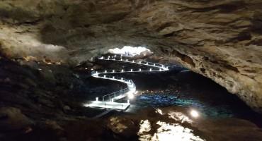 Obnovljena Ravlića pećina i Zip line kojim letite 100 km/h- nova turistička atrakcija Hercegovine