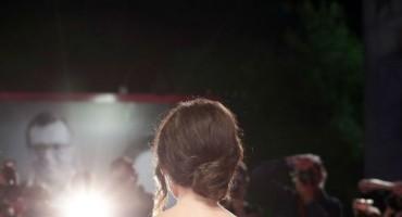 Penelope Cruz: 'Labuđa' haljina koja se češće viđa na vjenčanjima nego na crvenom tepihu