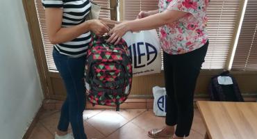 Udruga roditelja Naša djeca podijelila udžbenike, pribor i ruksake za 34 osnovca