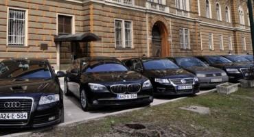 Vlast širi vozni park: Odobrena nabavka novih 24 automobila za institucije Federacije BiH