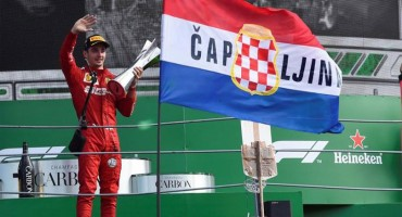 Zastava HRHB dominirala na proglašenju pobjednika Formule 1 na VN Italije
