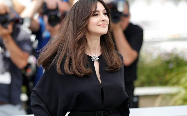 Drastičan rez Monice Bellucci: Kratka frizura za koju se dugokose žene teško odlučuju
