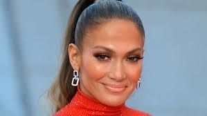 J.Lo pokazala brutalne trbušnjake nakon izlaska iz teretane