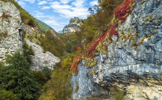 Kanjoj rijeke Zgošće u najljepšim jesenjim bojama (VIDEO)
