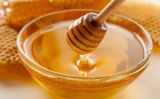 Prava istina o medu: Da, zdrav je, ali nekad treba paziti s njim