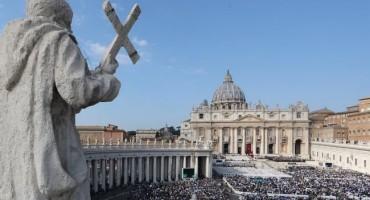 Tajanstvena zapljena dokumenata u vatikanskom vrhu