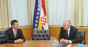 Čović se sastao s veleposlanikom NR Kine u BiH