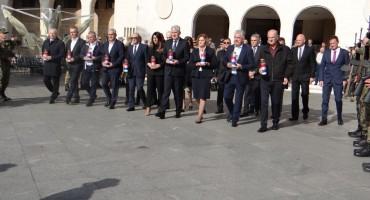 Mostar: Izaslanstvo Hrvatskog narodnog sabora obilježilo blagdan Svih svetih i Dušni dan