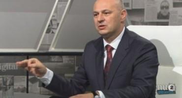 Mislav Kolakušić: 'Da sam premijer, ukinuo bih 100.000 izmišljenih radnih mjesta'