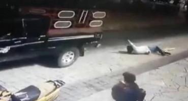 U Meksiku oteli gradonačelnika, vezali ga za kamion i vukli