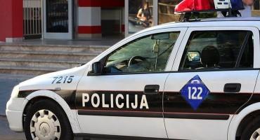Uhićena dvojica zbog napada na maloljetnika kod Gimnazije, za trećim napadačem se traga