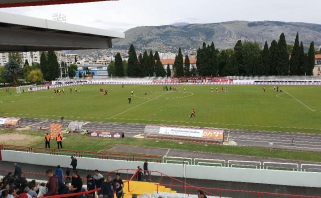 Zrinjski i Sarajevo odigrali utakmicu bez golova, Plemići 25 minuta imali igrača više na terenu