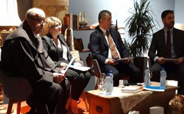 Nino Ćorić u Ljubuškom predstavio 'Korporativnu komunikaciju'