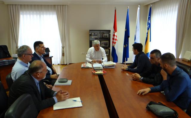 Čović se sastao s izaslanstvom Rukometnog saveza Herceg Bosne, naglašena potreba konstantnog ulaganja u sport