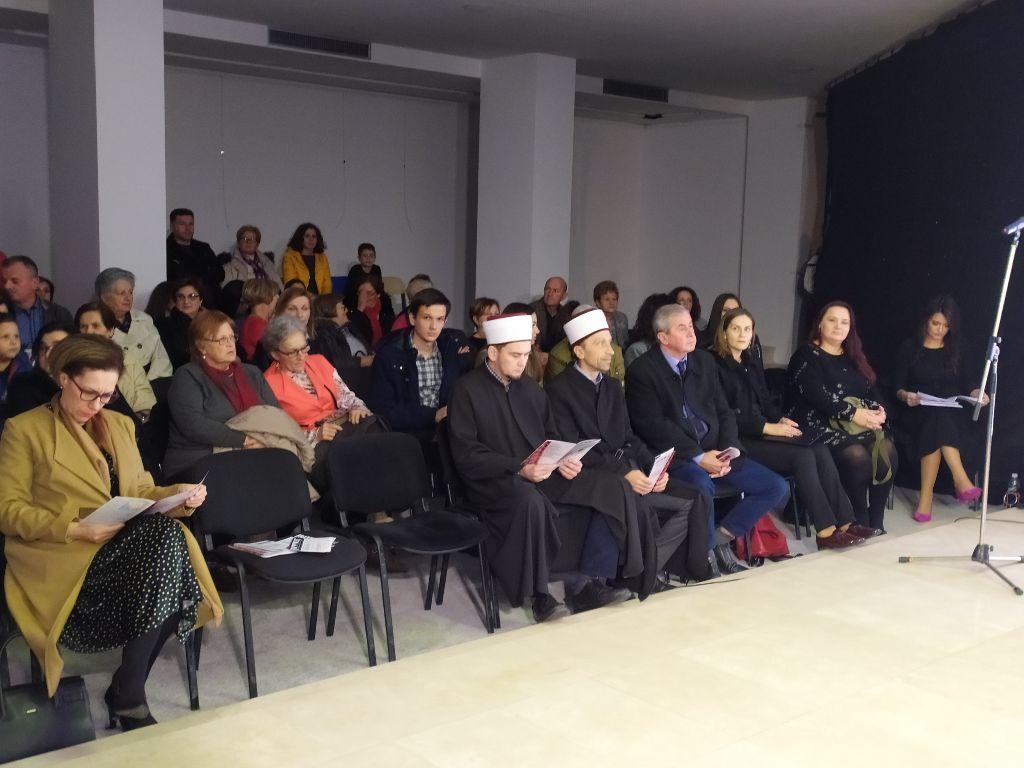 FOTO: Održana revija tradicijskih nošnji u Mostaru